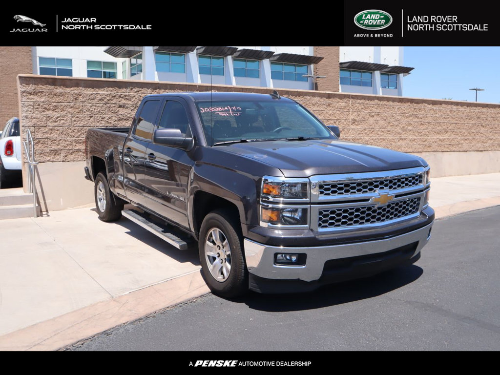 "Pre-Owned 2015 Chevrolet Silverado 1500 2WD Double Cab 143.5"" LT w/1LT"
