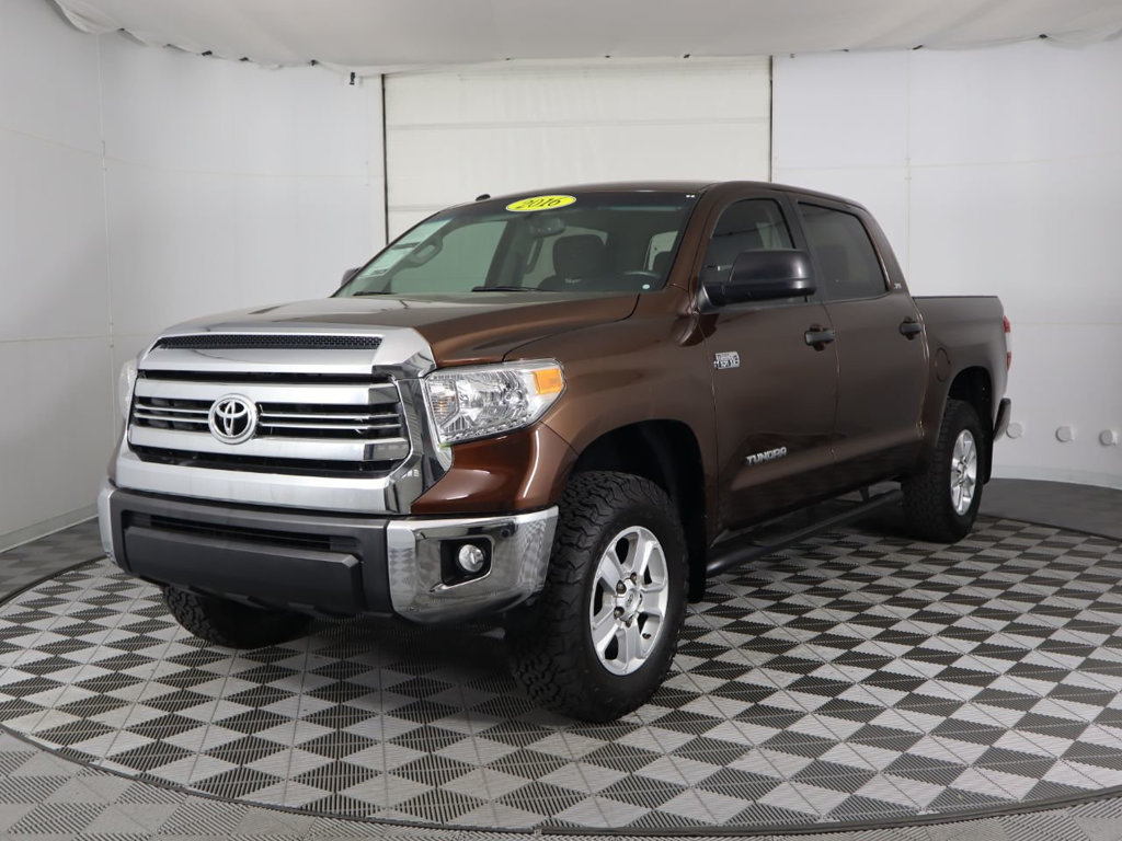 Pre-Owned 2016 Toyota Tundra SR5 CrewMax 5.7L V8 FFV 6-Speed Automatic